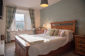 fountains-fell-double-guest-bedroom363x242